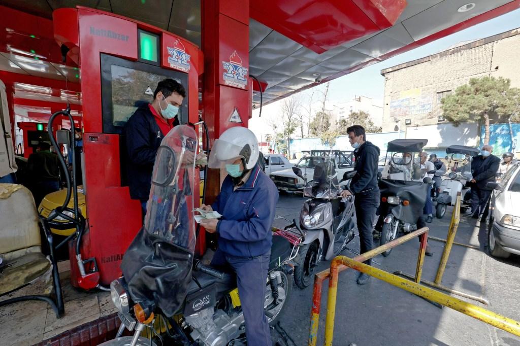 Nuevo ciberataque en Irán: esta vez contra todas las gasolineras de país